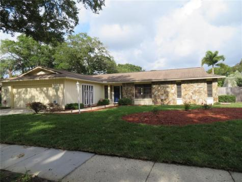 2551 Knotty Pine Way Clearwater FL 33761