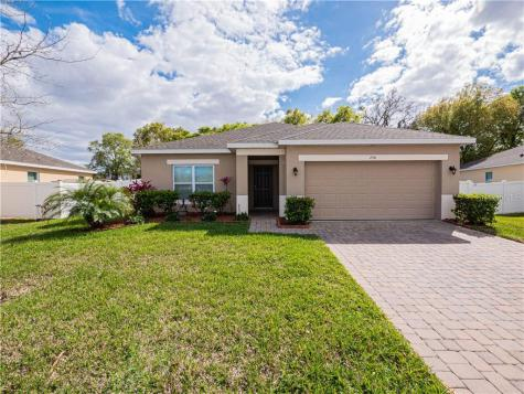 256 Whispering Pines Way Davenport FL 33837