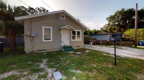 1481 Hamlet Avenue Clearwater FL 33756
