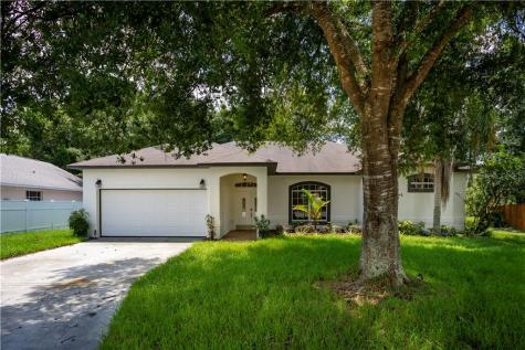 235 Quiet Oak Court Davenport FL 33896