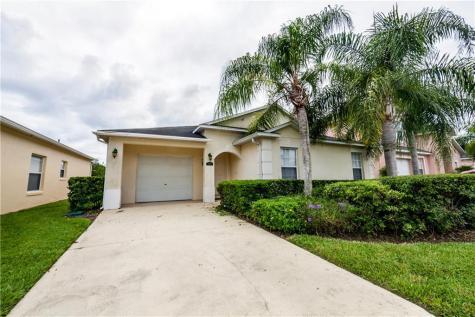 814 Reserve Place Davenport FL 33896
