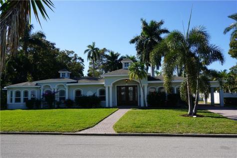 114 21st Street W Bradenton FL 34205