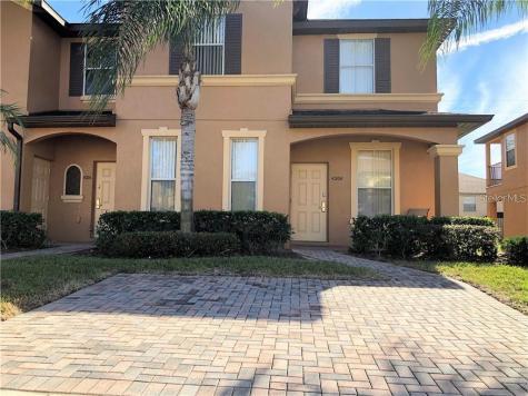 4204 Calabria Avenue Davenport FL 33897