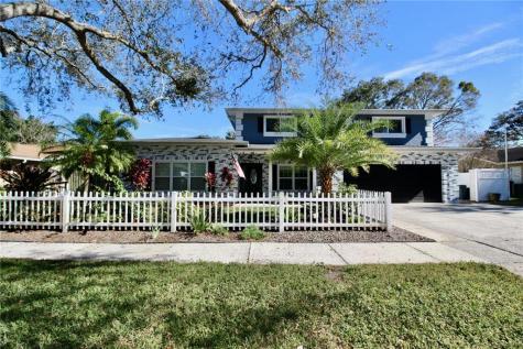 2563 Knotty Pine Way Clearwater FL 33761