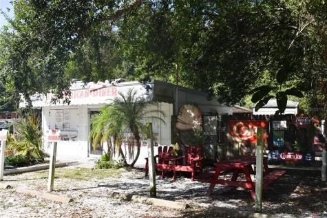 4406 N Falkenburg Road Tampa FL 33610
