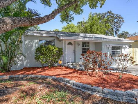 1933 Coles Road Clearwater FL 33755