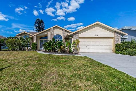 4221 Augusta Terrace E Bradenton FL 34203