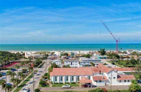 64 Bay Esplanade Clearwater FL 33767