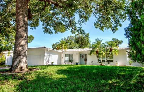 1926 Sever Drive Clearwater FL 33764