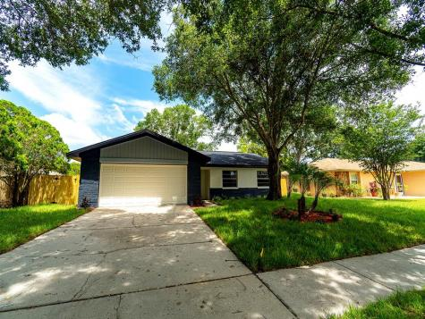3362 Hunt Club Clearwater FL 33761
