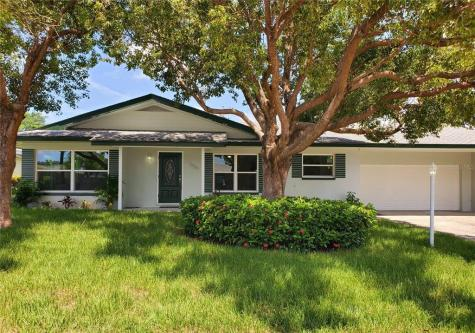 1830 Pine Street Clearwater FL 33764