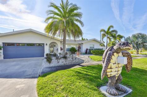 907 Lantana Avenue Clearwater FL 33767