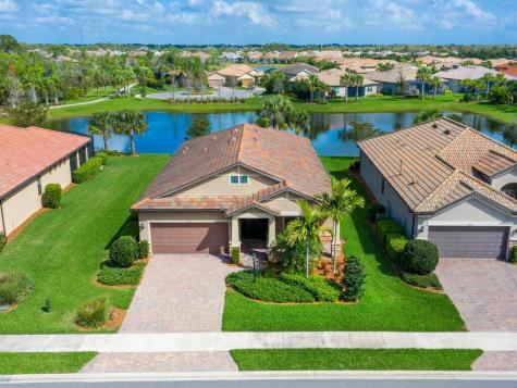 16917 Pelham Place Lakewood Ranch FL 34202