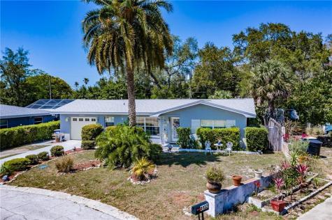 1130 Sunnydale Drive Clearwater FL 33755