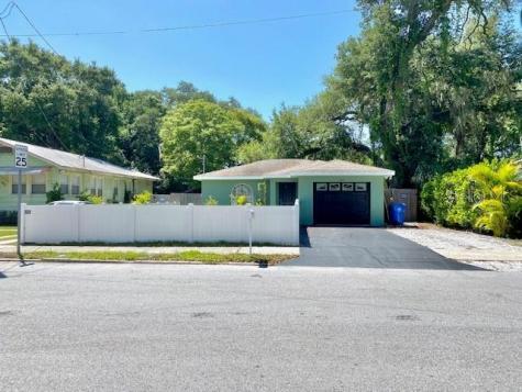 914 16th Street W Bradenton FL 34205