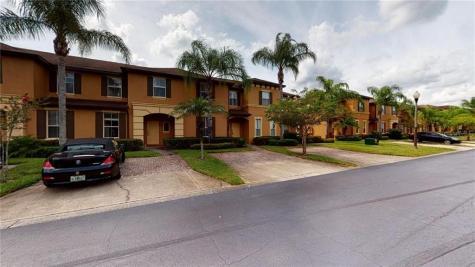1124 Calabria Avenue Davenport FL 33897