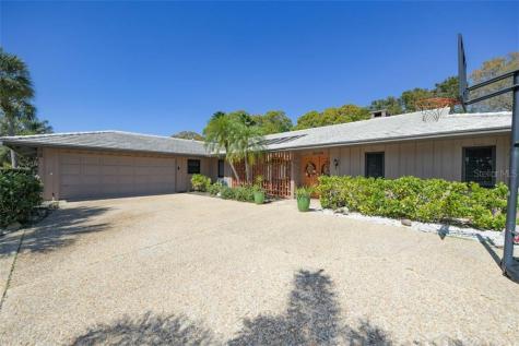 3259 Pine Valley Drive Sarasota FL 34239