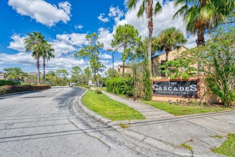 2102 Cascades Boulevard Kissimmee FL 34741
