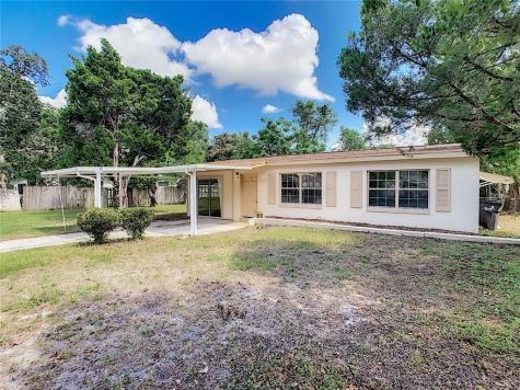 703 Spring Lake Road Altamonte Springs FL 32701