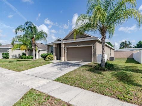 162 Highland Meadows Avenue Davenport FL 33837