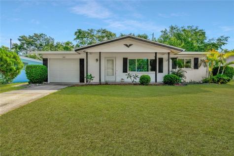 1827 Flora Lane Clearwater FL 33755