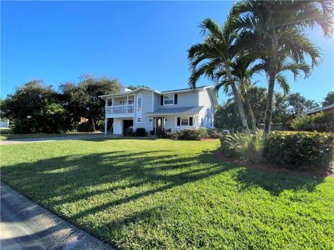 112 6th Street Belleair Beach FL 33786