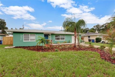 1452 Woodbine Street Clearwater FL 33755