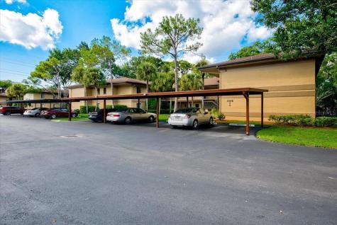 2666 Sabal Springs Circle Clearwater FL 33761