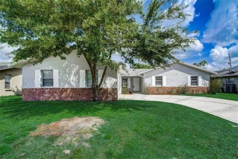 957 Apple Lane Altamonte Springs FL 32714