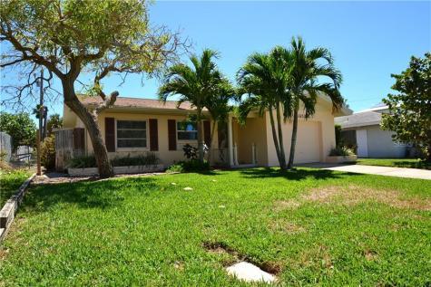 43 Kipling Plaza Clearwater Beach FL 33767