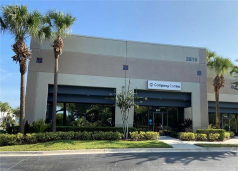 2815 Directors Row Orlando FL 32809