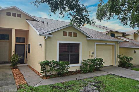 729 Swan Lane Altamonte Springs FL 32701