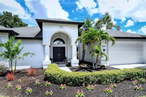 9909 Laurel Valley Avenue Circle Bradenton FL 34202