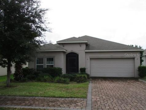 215 Lakeshore Drive Davenport FL 33837