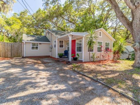 1109 Sunset Point Road Clearwater FL 33755