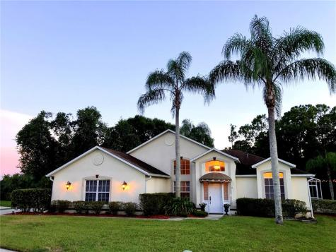 401 Oakpoint Circle Davenport FL 33837