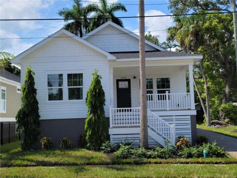 1625 8th Avenue W Bradenton FL 34205