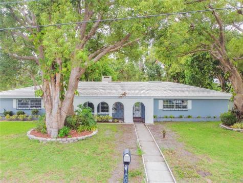 2100 Mckinley Street Clearwater FL 33765