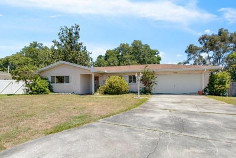 1318 Ann Circle Clearwater FL 33756