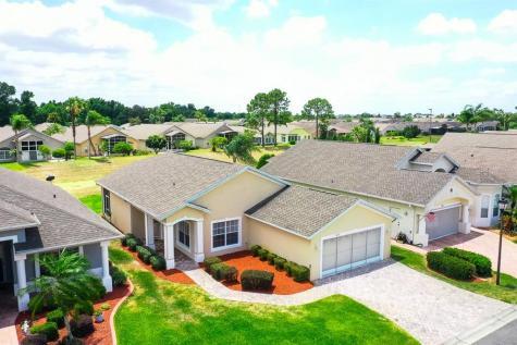 419 Royal Palm Dr Davenport FL 33837