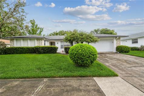 623 Plumwood Drive Altamonte Springs FL 32714