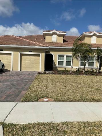 1181 Trappers Trail Loop Davenport FL 33896