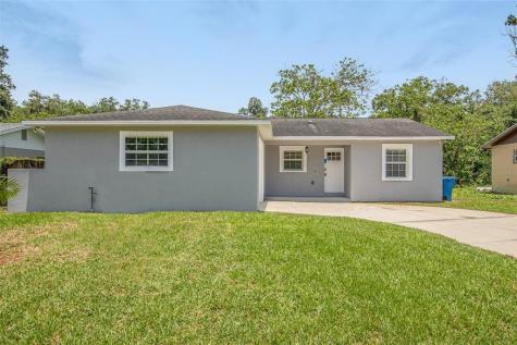 560 Robin Hill Circle Brandon FL 33510