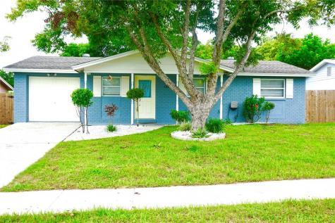 1300 Grantwood Avenue Clearwater FL 33759