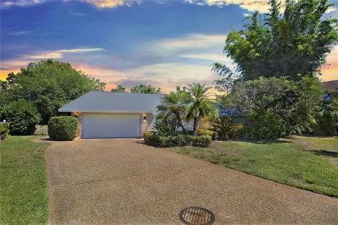 4939 Silkwood Drive Sarasota FL 34241