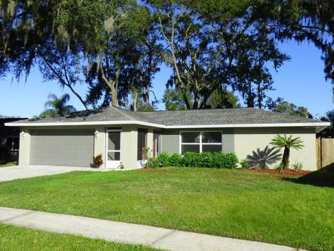 808 Pebblewood Drive Brandon FL 33511