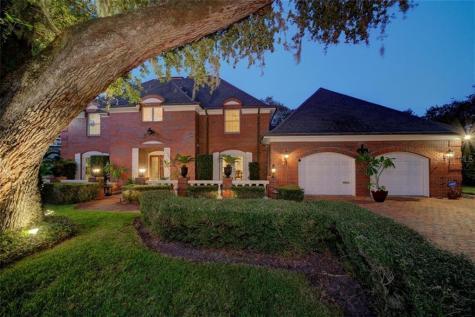 312 Spottis Woode Court Clearwater FL 33756