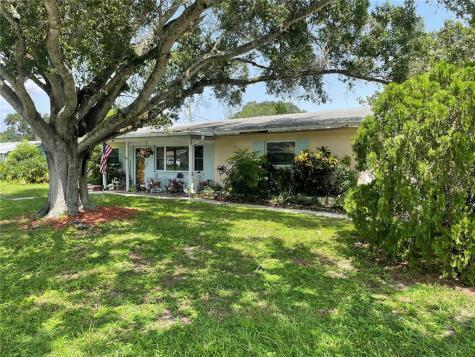 1761 Kenilworth Drive Clearwater FL 33756