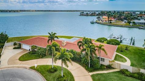 232 Howard Drive Belleair Beach FL 33786