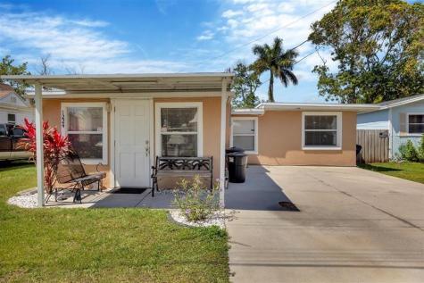 1224 36th Avenue W Bradenton FL 34205
